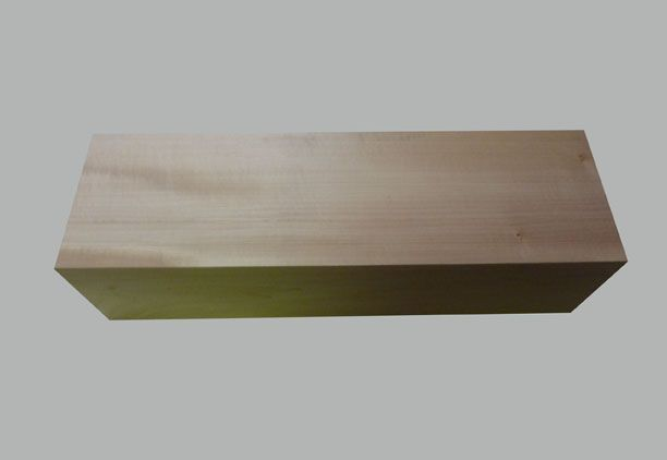 Bloc massif en Tilleul pour sculpture de hauteur 20cm  Lempreinte du  ~ Bloc De Bois A Sculpter