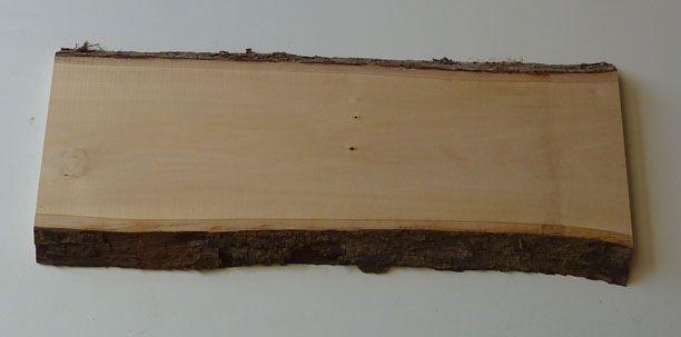 l 39 empreinte du bois planche de tilleul avec corce 3 cm d 39 paisseur. Black Bedroom Furniture Sets. Home Design Ideas
